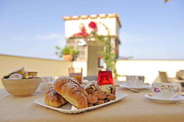 Sorrento_accommodation_breakfast_1