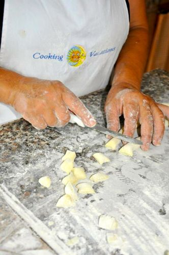 gnocchi_making2