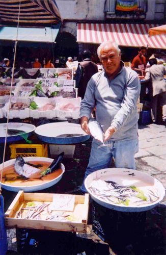 Naples Food Tour - Fish Market