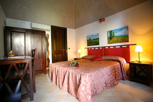 irma_country_hotel1