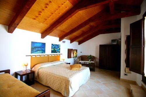 irma_country_hotel2