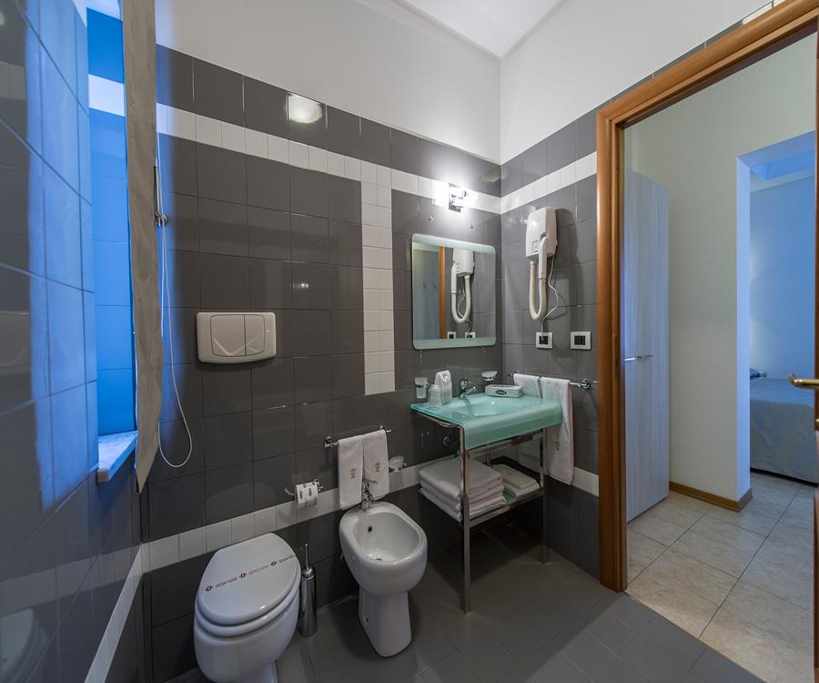 palermo-bathroom-2